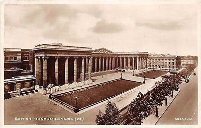 B86136 british museum  london  uk