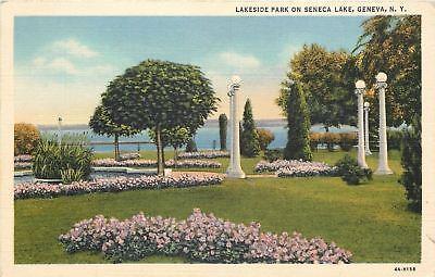 Globe Park Lamp - Geneva New York~Lakeside Park on Seneca Lake~Globe Lamp Posts~1934 Linen PC