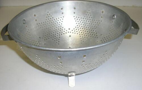 "Vintage Mirro Aluminum 9"" Footed Handled ~Star Design~ Colander Strainer"