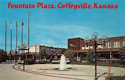 Vtg Postcard Fountain Plaza Babsons Magic Circle Coffeyville Kansas Ks   B3