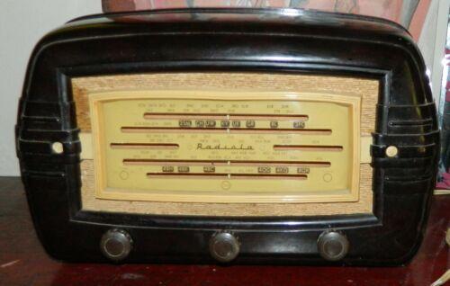 VINTAGE 1950s AWA Radiola Brown Bakelite Valve Tube Radio