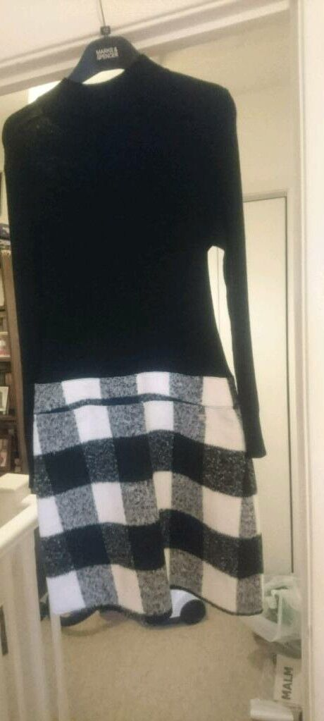 Lipsy London turtle neck dressin Chelmsford, EssexGumtree - Black and white check skirt dress from Michelle Keegans Lipsy London collection in size 12. Never been worn