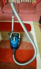 Hoover Blaze bagless vacuum cleaner SP81
