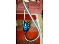 Hoover Blaze bagless vacuum cleaner SP81