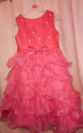 Girls dresses x5