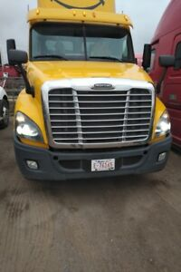 2012 Freightliner Cascadia with Local City Work for sale