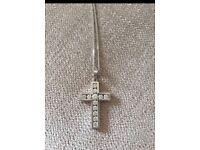 Pretty silver/cubic zirconia cross necklace