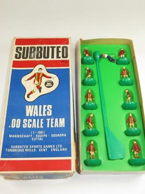 VINTAGE SUBBUTEO TABLE SOCCER C.500 HW TEAM 319 Wales Type 7b Box 1977