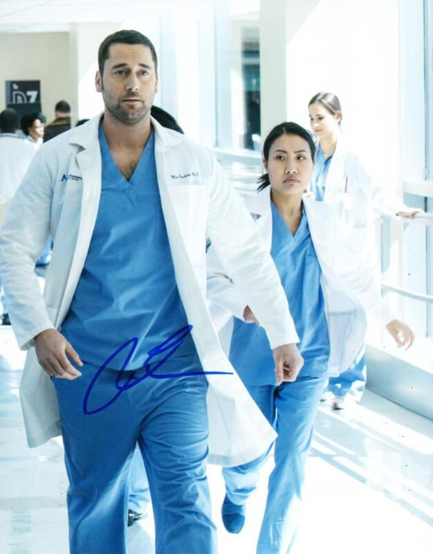 HOT SEXY RYAN EGGOLD SIGNED 8X10 PHOTO NEW AMSTERDAM AUTHENTIC AUTOGRAPH COA