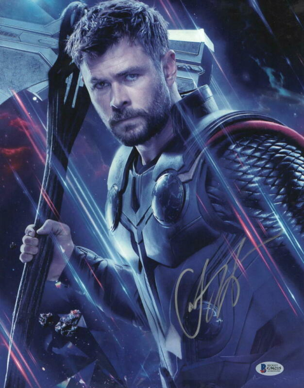 CHRIS HEMSWORTH SIGNED THOR AVENGERS INFINITY WAR ENDGAME AUTOGRAPH BECKETT F