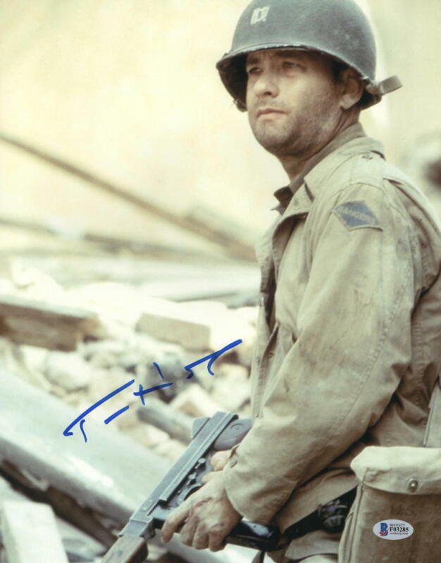 TOM HANKS SIGNED 11X14 PHOTO SAVING PRIVATE RYAN AUTHENTIC AUTOGRAPH BECKETT C