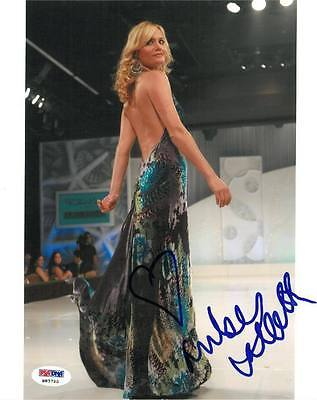 Amber Valletta Signed Hitch Authentic Autographed 8x10 Photo (PSA/DNA) #H83795