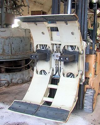 """45"""" 4500# Cascade F-Series Fixed Frame Paper Roll Clamp Forklift Attachment"""