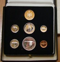 BUYING 1967 COIN SET IN BLACK BOX WITH GOLD COIN