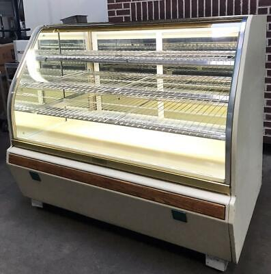 Structural Concepts 60w Bakery Restaurant Curved Glass 3-tier Dry Display Case