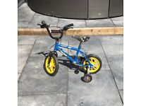 Boys Bike Bicycle With Stabilisers & Pirate Helmet - Raleigh Jet