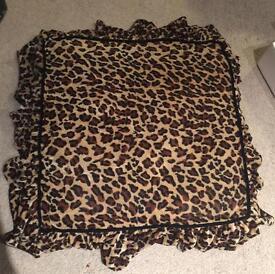 Pet cushion cheetah print New for all pets