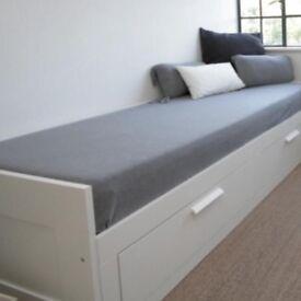 Brimnes day-bed