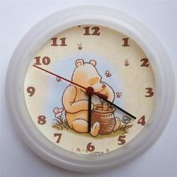 BRAND NEW  WALL CLOCK  CLASSIC WINNIE THE POOH NEW FREE P&P