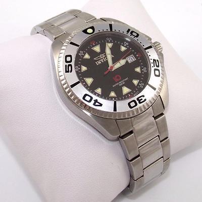 Oversized Invicta 3866 Stainless Steel Water Resistant Quartz Watch QX
