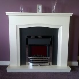 ELLSWORTH ELECTRIC FIRE SUITE £250 EXCELLENT CONDITION AS UNUSED. (COST £500)