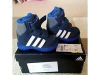 Adidas toddler high top brand new size 3