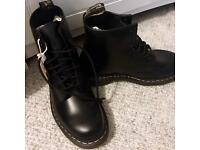 Dr. Martens - 1460 Smooth - Size 7