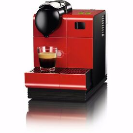 NEW Nespresso EN521.R Lattissima+ Coffee Machine by DeLonghi. Brand new in box.