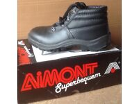 Size 6.5 Brand New, Aimont Saftey Boots with Steel Toe Cap