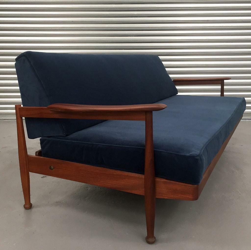 Super cool retro Guy Rodgers daybed sofa Mid century modern