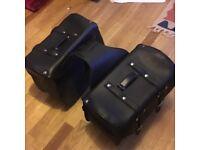 Motorcycle panniers saddlebags cruiser black large