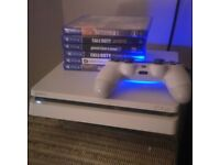 Ps4 (white) with 6 games