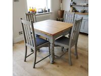 Solid oak vintage draw leaf table and 4 chairs, extending dining table, kitchen table, dining table