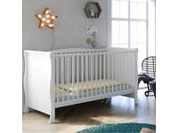 New Boxed flatpack Little Acorns Traditional Sleigh Cotbed in White RRP £220
