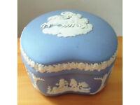 Vintage Wedgwood blue Jasperware kidney shaped trinket dish and lid. £10 ovno. Can post.
