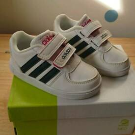 Adidas hoops infant size 4