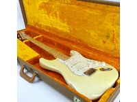 2000 Fender Custom Shop Closet Classic Relic Limited Edition Stratocaster - Vintage White - Trades