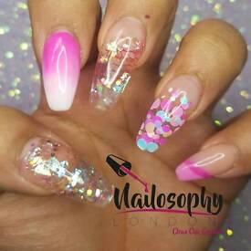 Mobile Nail Technician Stylist - Gel Polish Acrylics Manicure & Pedicure