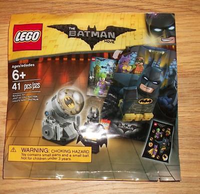 New   Sealed Lego  Super Heroes The Lego Batman Movie Promo Bat Signal  5004930