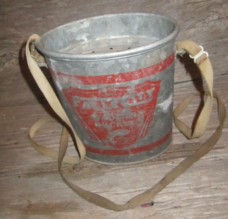 🐟 FALLS CITY Oval Wade In Minnow Bucket w/ original canvas straps Vintage