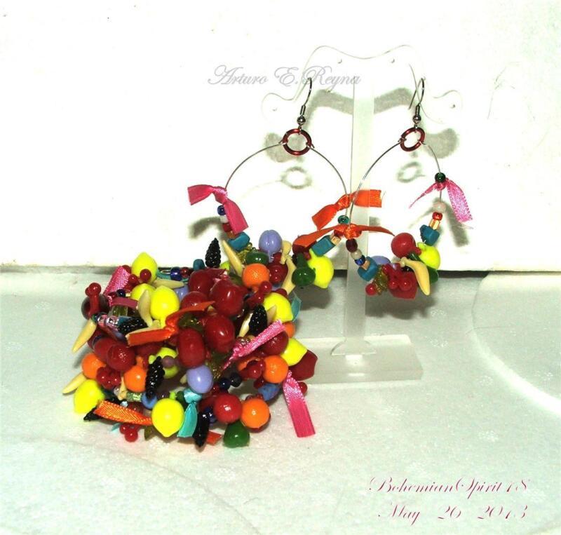Vintage Style Artisan Lucite FRUIT SALAD CHARMS COIL Bracelet earrings Set