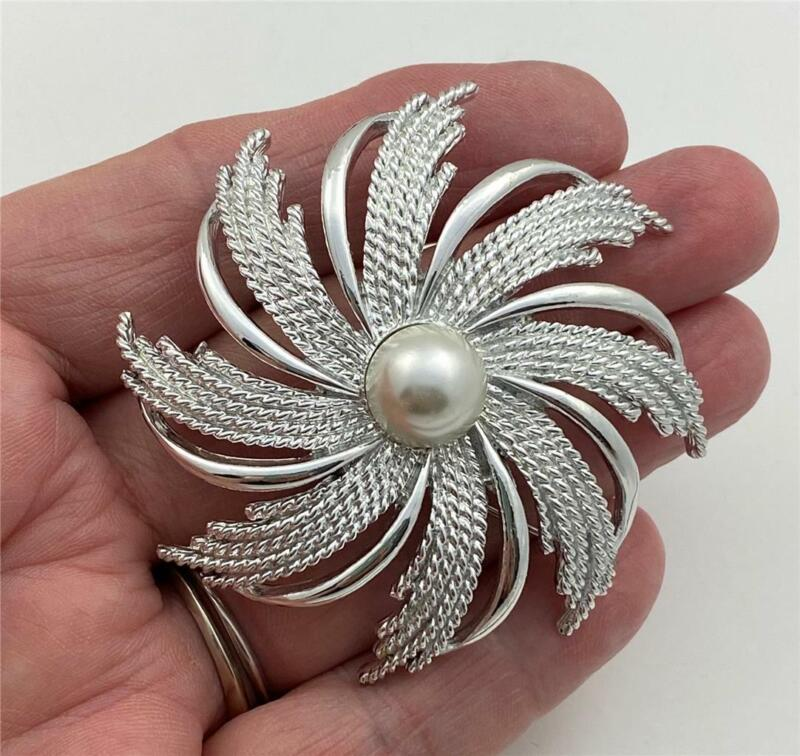 Vintage Sarah Coventry Polished & Textured Silver Tone Faux Pearl Brooch Pin