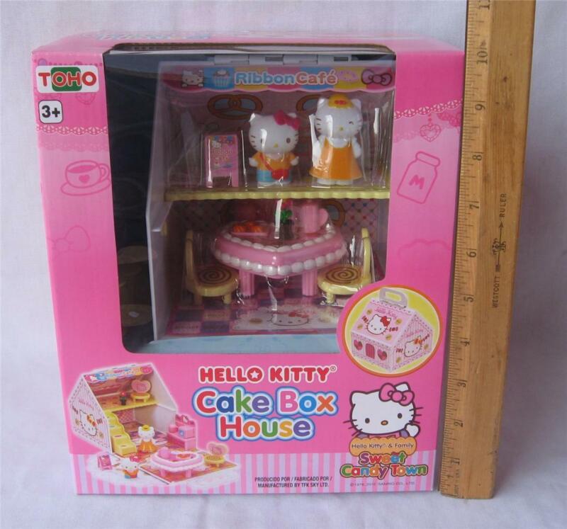 HELLO KITTY SWEET CANDY TOWN CAKE BOX HOUSE PLAYSET W/ KITTY & MAMA NEW SANRIO