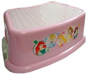 NEW-Disney-Princess-Light-Pink-Plastic-Step-Stool-Bath-Seat