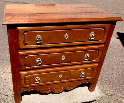 Nightstands Ethan Allen Furniture Vatican