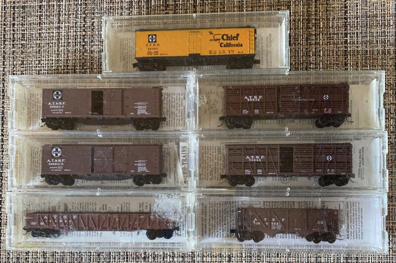 N-Scale - Lot# 051302 qty 7 Micro-Trains Freight Cars AT&SF Santa Fe