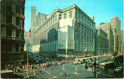 1950s Herald Square Macy's Department Store Street View Chrome NYC Postcard