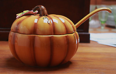 GORGEOUS MERVYN'S FALL PUMPKIN SOUP TUREEN WITH LADLE 9