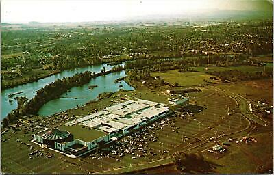 Eugene OR Valley River Shopping Center Postcard unused (Valley River Eugene)