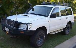 2002 Toyota Chev 6.5lt v8 10000 km Nelly Bay Townsville City Preview